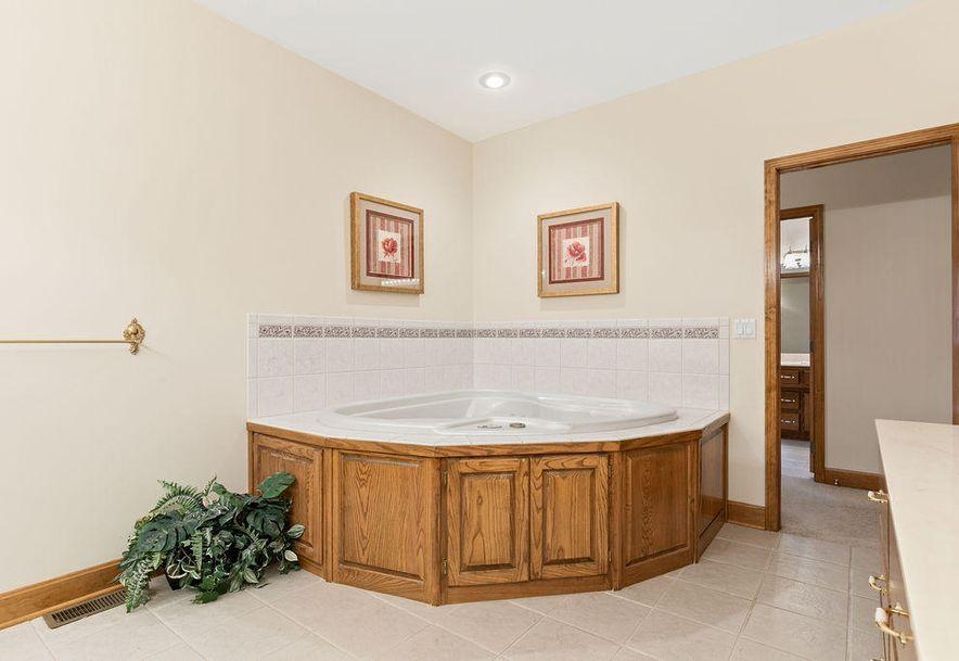 1470 Lakewood Court Bolivar, MO 65613 - Photo 22