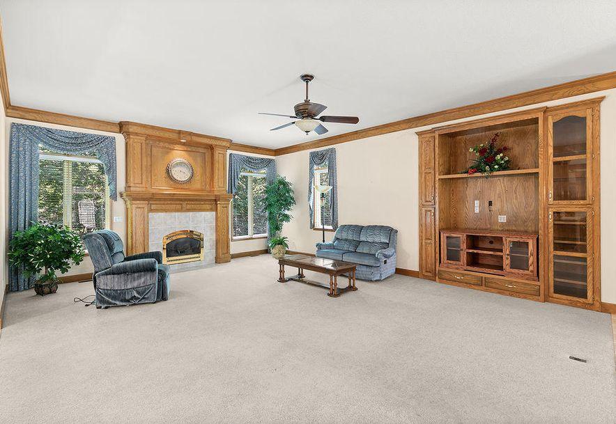 1470 Lakewood Court Bolivar, MO 65613 - Photo 9
