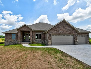 9049 West Lake Vista Lane Springfield, MO 65802 - Image 1