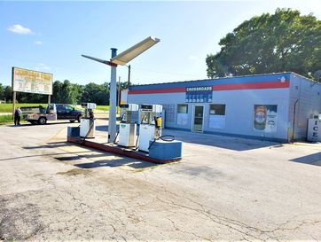 2315 West State Highway 173 Galena, MO 65656 - Image 1