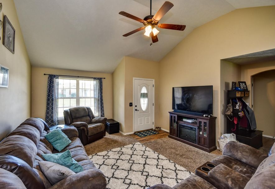 706 North Christopher Lane Clever, MO 65631 - Photo 8