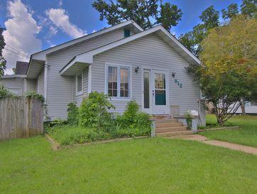 912 Woodland Avenue West Plains, MO 65775 - Image 1