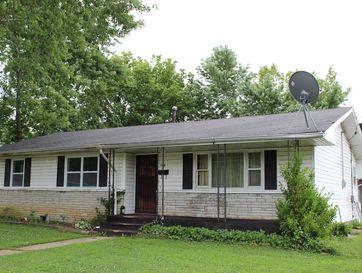 300 East Harker Street Mountain Grove, MO 65711 - Image 1