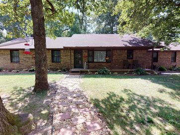 856 Country Manor Mt Vernon, MO 65712 - Image 1