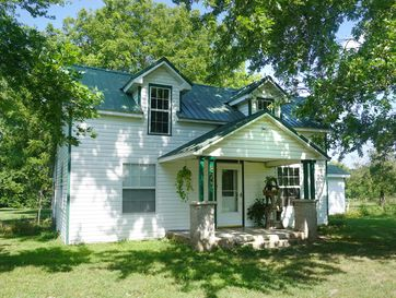 873 Robinson Road Clever, MO 65631 - Image 1