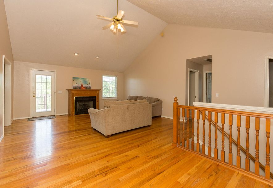 1461 West High Point Circle Springfield, MO 65810 - Photo 2