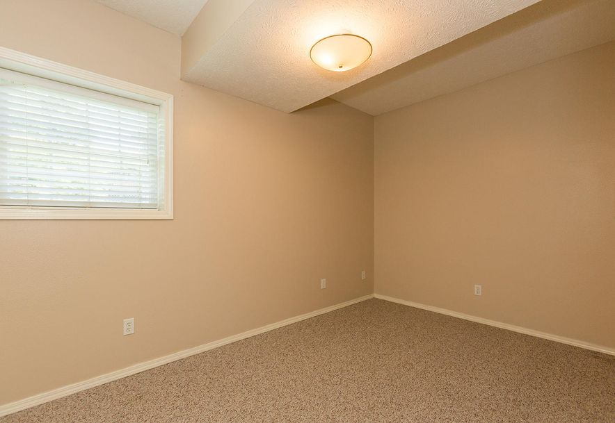 1461 West High Point Circle Springfield, MO 65810 - Photo 23