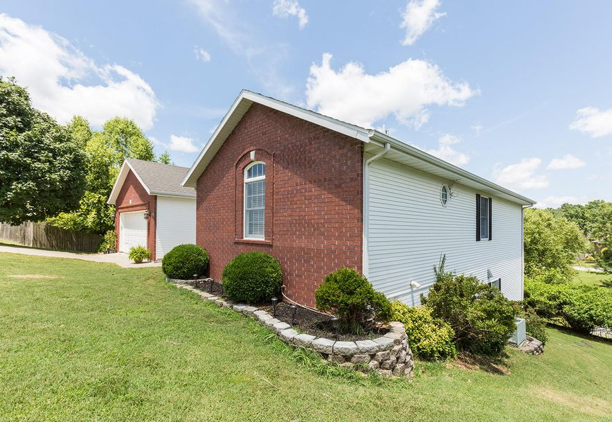1461 West High Point Circle Springfield, MO 65810 - Photo 29