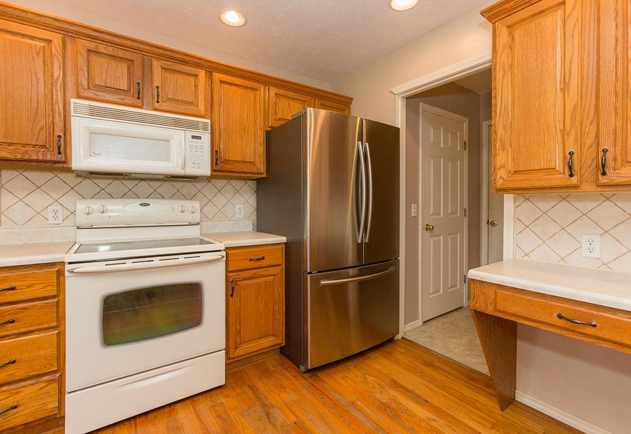 1461 West High Point Circle Springfield, MO 65810 - Photo 6