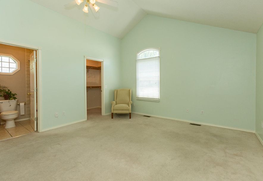 1461 West High Point Circle Springfield, MO 65810 - Photo 8