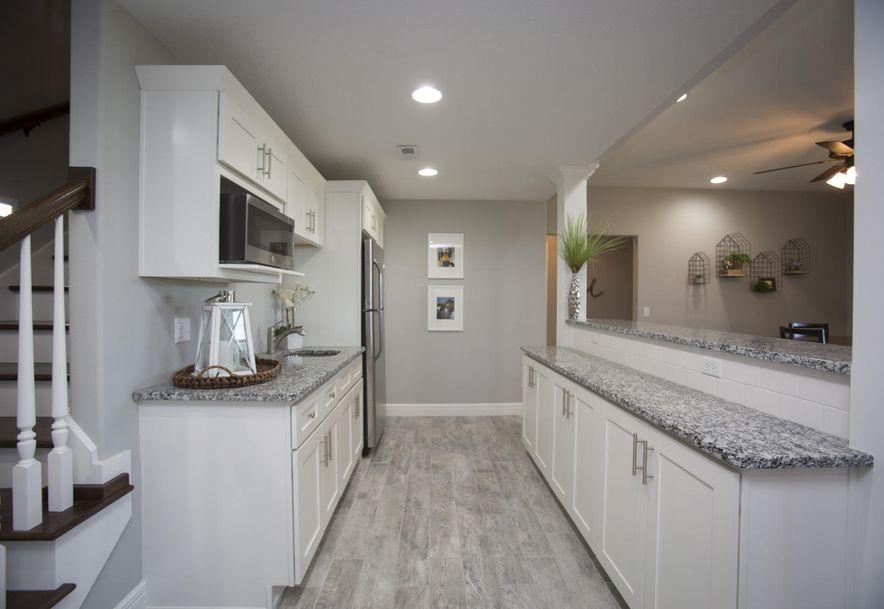 811 East Beaufort Street Nixa, MO 65714 - Photo 36
