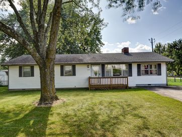 429 North White Oak Street Marshfield, MO 65706 - Image 1