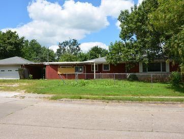 2555 North Johnston Avenue Springfield, MO 65803 - Image 1