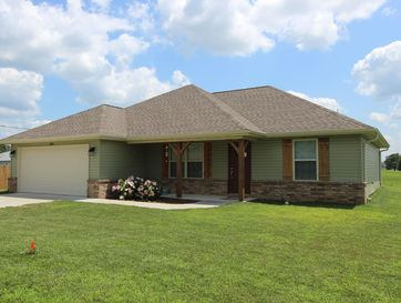 1048 West Thoroughfare Street Seymour, MO 65746 - Image 1