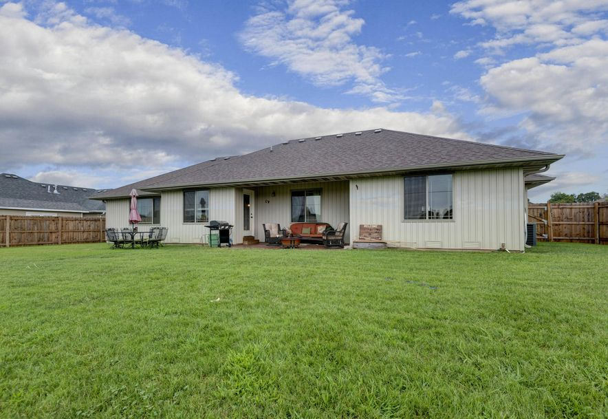 4440 Somerset Drive Battlefield, MO 65619 - Photo 24
