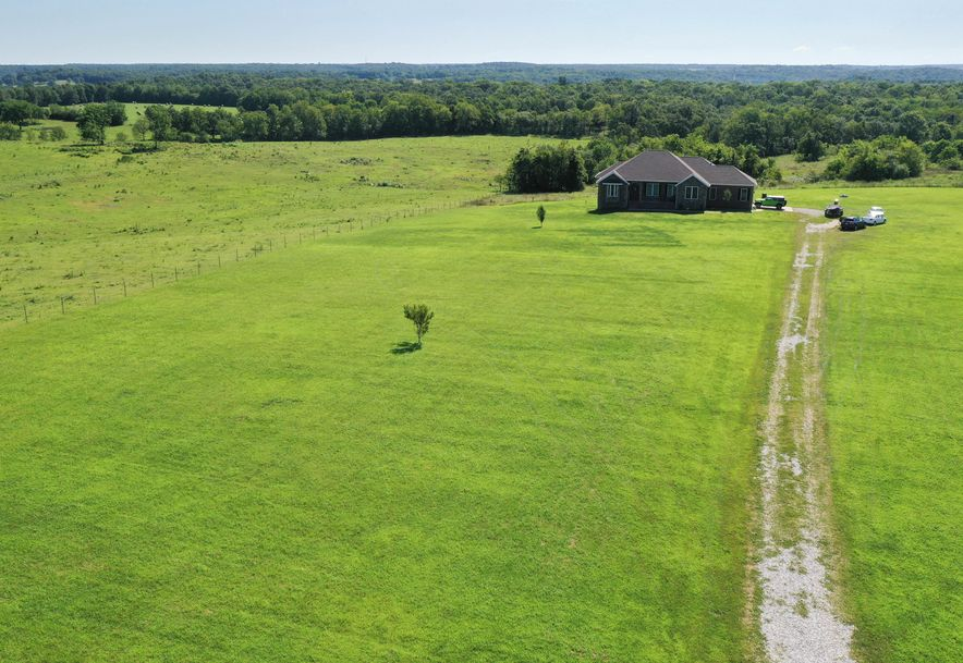 9224 North Farm Rd 99 Willard, MO 65781 - Photo 5