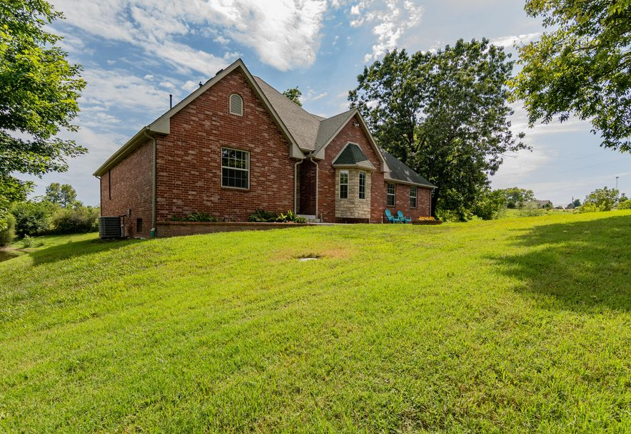 1096 Mt Carmel Road Clever, MO 65631 - Photo 2