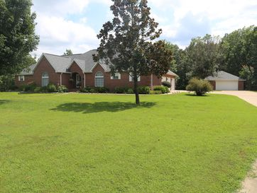 18 Dogwood Circle West Plains, MO 65775 - Image 1
