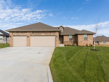 5741 East Conservatory Place Strafford, MO 65757 - Image 1