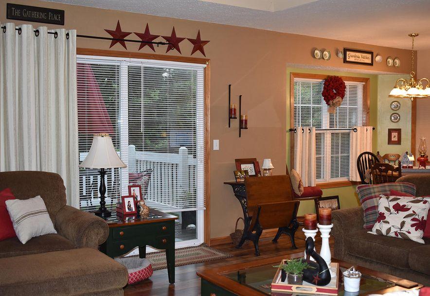 1806 Edgewood Drive Aurora, MO 65605 - Photo 5