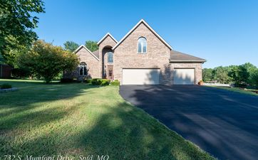 Photo Of 732 South Mumford Drive Springfield, MO 65809