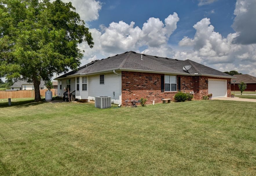 402 Todd Lane Mt Vernon, MO 65712 - Photo 31