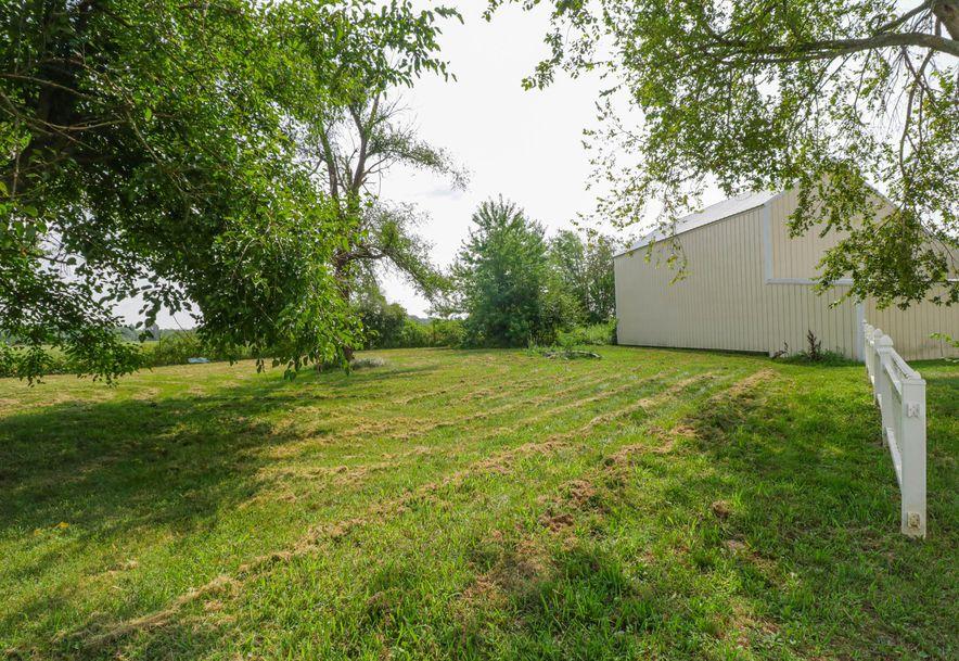 1231 East Clinton Road Seymour, MO 65746 - Photo 35
