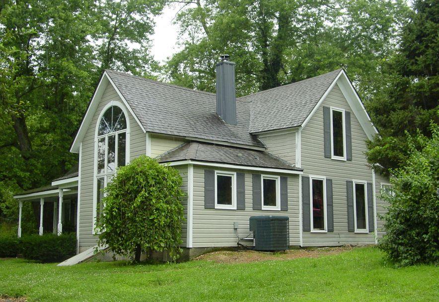 4033 Round House Rd. Aurora, MO 65605 - Photo 1