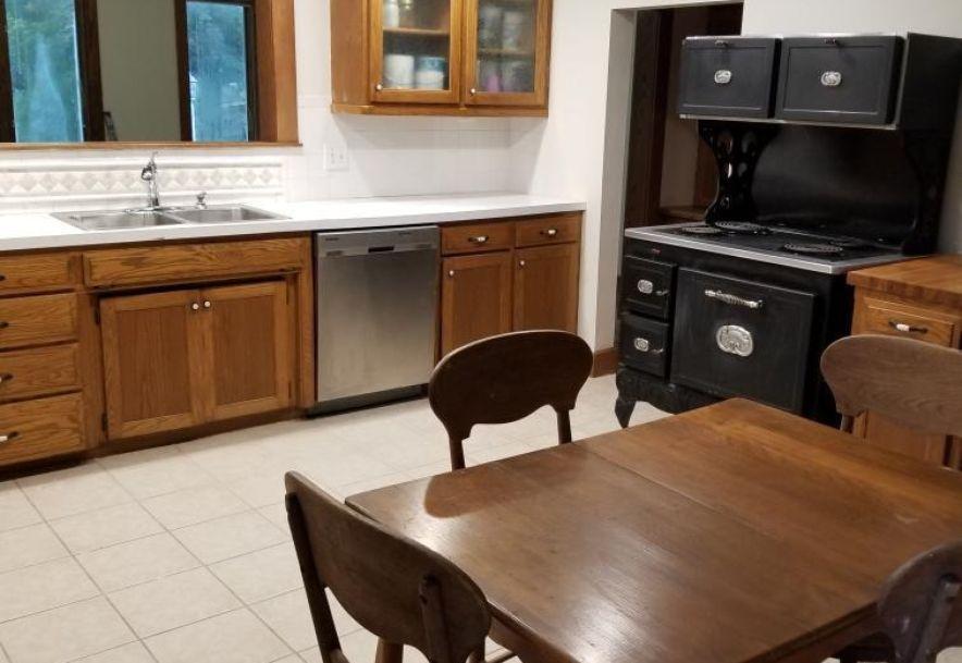 4033 Round House Rd. Aurora, MO 65605 - Photo 16