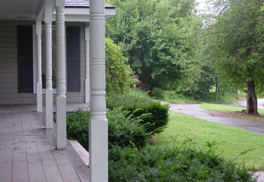 4033 Round House Rd. Aurora, MO 65605 - Photo 5