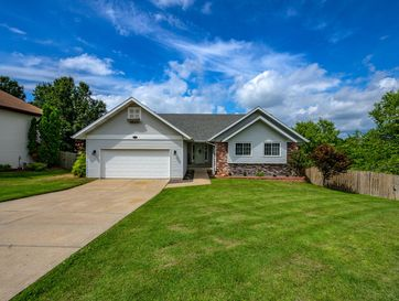 1471 West Highpoint Circle Springfield, MO 65810 - Image 1