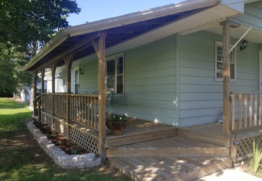 1107 South High Street El Dorado Springs, MO 64744 - Photo 3
