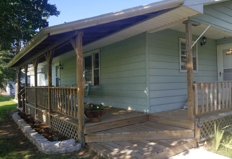 1107 South High Street El Dorado Springs, MO 64744 - Photo 5