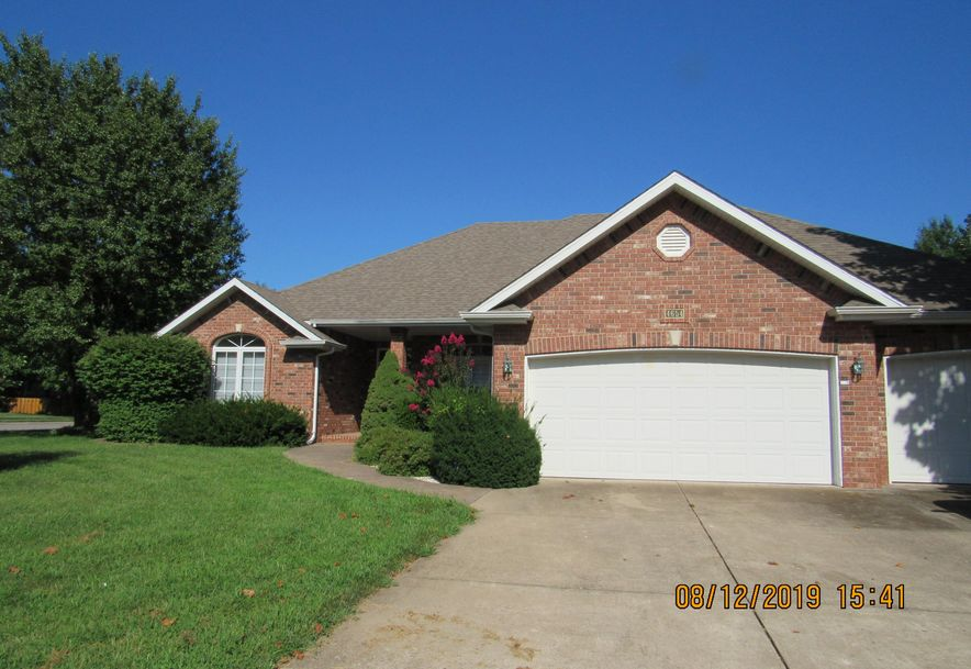 4654 South Parkhill Avenue Springfield, MO 65810 - Photo 1
