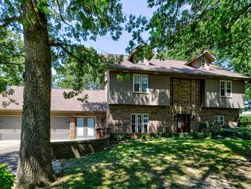 8433 West Veterans Boulevard Clever, MO 65631 - Image 1