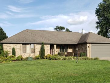 210 South 37th Street Nixa, MO 65714 - Image 1