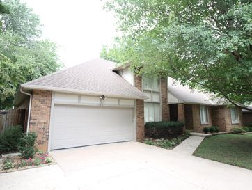 1667 East Vincent Drive Springfield, MO 65804 - Image 1