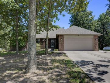 468 South Metzletein Road Clever, MO 65631 - Image 1