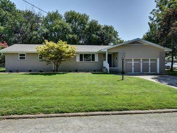 1732 South Link Avenue Springfield, MO 65804 - Image 1