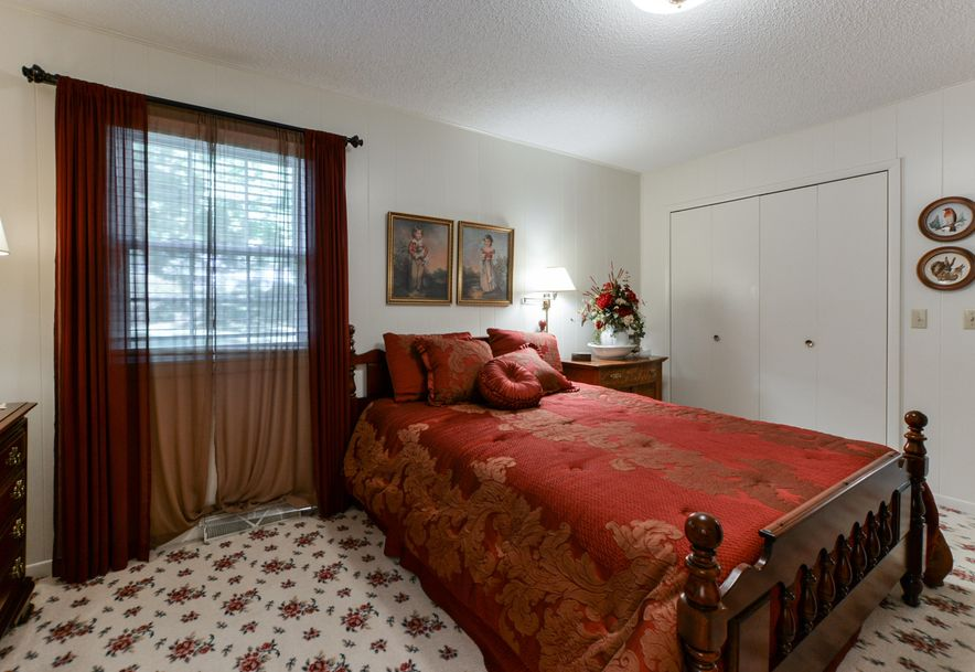941 Burchfield Boulevard Marshfield, MO 65706 - Photo 27