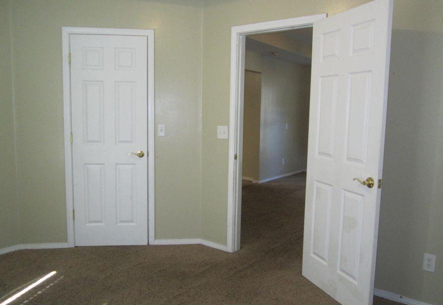 301 Jasper Street Aurora, MO 65605 - Photo 9