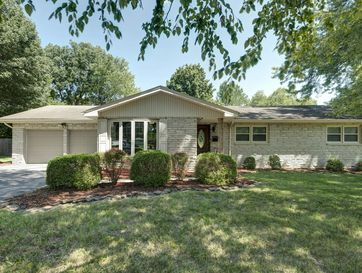 1650 South Plaza Avenue Springfield, MO 65804 - Image 1