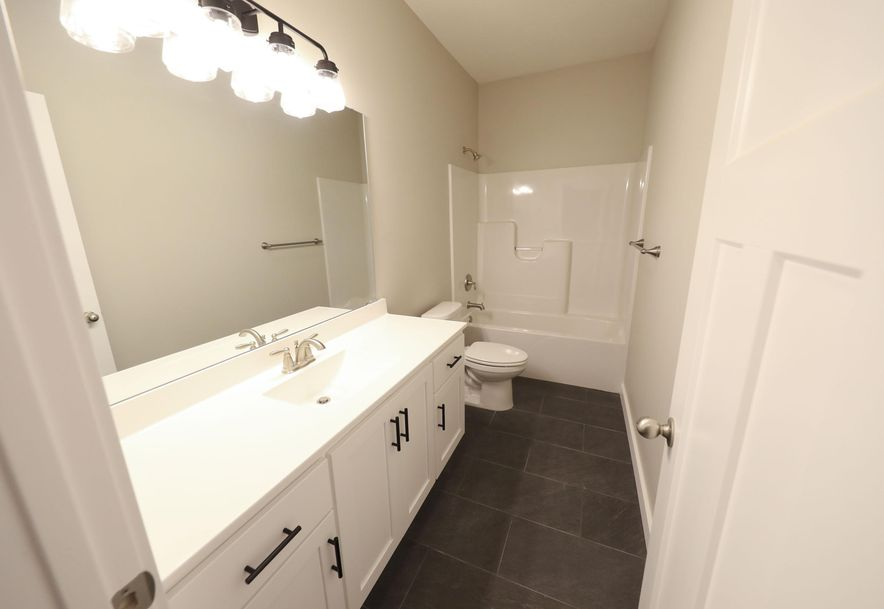 840 Black Sands Nixa, MO 65714 - Photo 27
