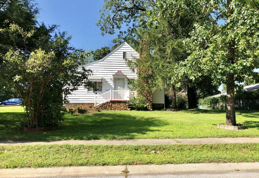 104 West Grand Ave Neosho, MO 64850 - Photo 1