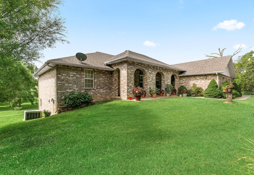 1676 Green Valley Road Clever, MO 65631 - Photo 1