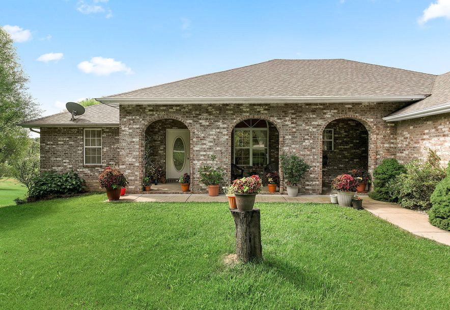 1676 Green Valley Road Clever, MO 65631 - Photo 2