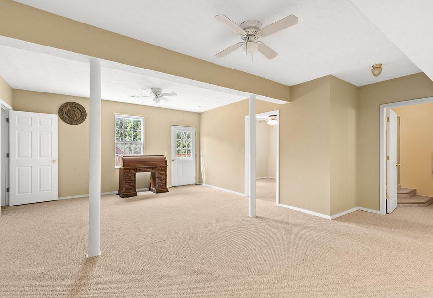 1676 Green Valley Road Clever, MO 65631 - Photo 26