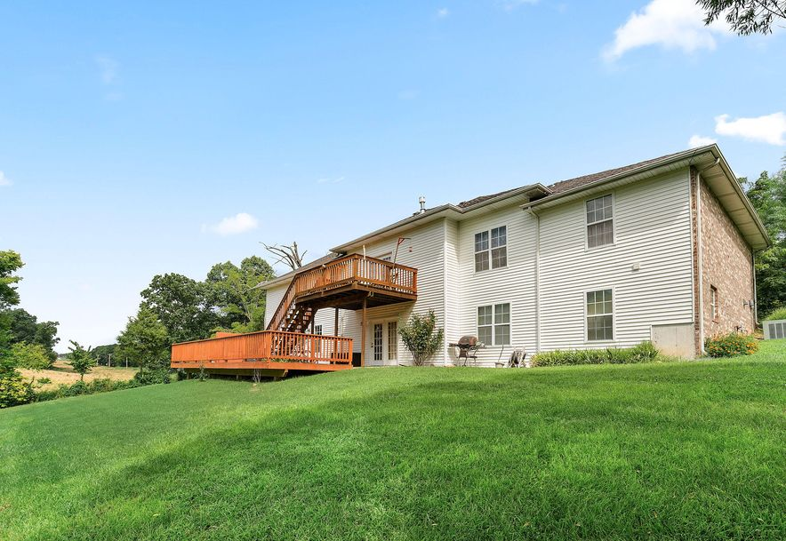 1676 Green Valley Road Clever, MO 65631 - Photo 39