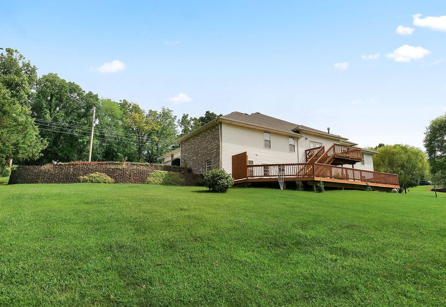 1676 Green Valley Road Clever, MO 65631 - Photo 40