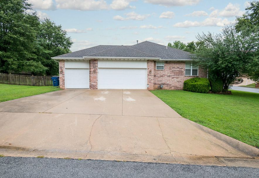 2165 South Cedar Hill Avenue Springfield, MO 65809 - Photo 4